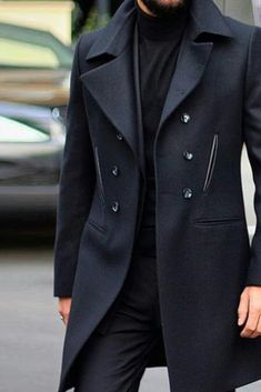 Mens Trench Coat style hairtutorials com is part of Fashion models men - I love this tailored peat While catered to a finer and not my own casual distressed sensibility, it Mode Costume, Mode Mantel, Sneakers Mode, Sneakers Fashion, Sneakers Style, Black Sneakers, Fashion Shoes, Designer Suits For Men, Stylish Mens Outfits