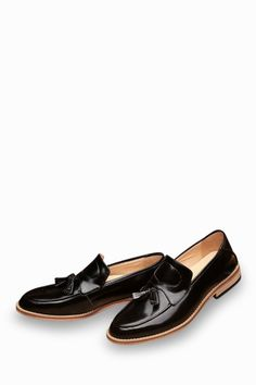 Natural Leather Loafers In Black With Tassel Front