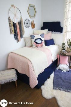 Custom dorm bedding packages from Cute dorm room bedding sets complete with throw pillows, duvet cover, bed skirt, headboard and more. All twin xl bedding sets are great dorm room ideas for you! Dorm Bedding Sets, College Bedding, Girls Bedding Sets, Pink Bedding, College Dorm Rooms, Luxury Bedding, Teen Bedding, Modern Bedding, Comforter Sets