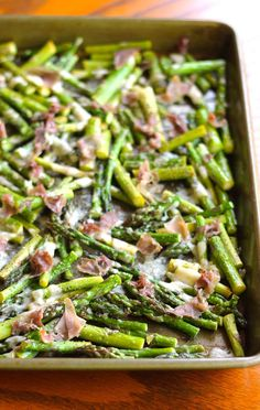 Prosciutto and Parmesan Baked Asparagus - an easy 4-ingredient side dish!