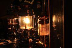 La magie de noël à la lumière des lampes à pétrôle à Berlin: le marché de noël berlinois de Alt Rixdorfer ~ Rainbow Berlin