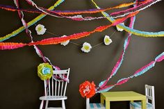 Crepe Paper Tutorial #crepe_paper #paper #party #decorations #how_to #tutorial #diy #make #craft #decor #shower