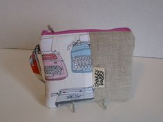 Wristlets are the perfect holiday gift. Shaggy Baggy on etsy