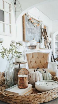Decoration Inspiration, Decoration Design, Autumn Inspiration, Decor Ideas, Thanksgiving Decorations, Seasonal Decor, Holiday Decor, Cheap Fall Decorations, Harvest Decorations