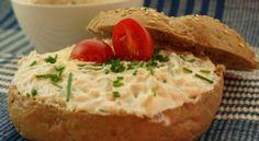 Brynzová pomazánka s uzenou vůní Camembert Cheese, Mashed Potatoes, Treats, Ethnic Recipes, Food, Whipped Potatoes, Sweet Like Candy, Goodies, Smash Potatoes