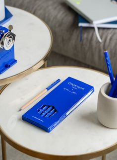 When a complete collection of writing and drawing instruments meets the infinite ultramarine blue. Limited Edition – Caran d'Ache Yves Klein, Whale Print, Minimal Home, Klein Blue, Whales, Graphite, Product Design, Infinite, Dinner Ideas