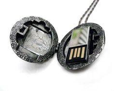Jewelry Hunter: Emily Rothschild