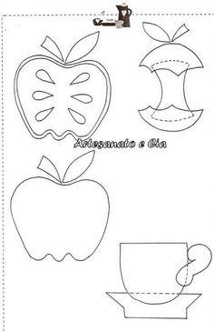 maçã e xicara