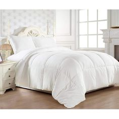 King Size Comforter Sets, Down Comforter, King Comforter, Bedding Sets, Target Bedding, Crib Bedding, Bed Bath & Beyond, Console, Premium Hotel