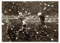 The first snow The Good Old Days, Children Photography, Snow Photography, Vintage Photography, Heart Photography, Photography Ideas, Old Photos, Great Photos, Vintage Photos