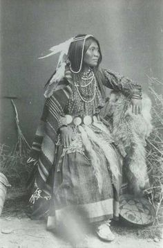 Cherokee Indian Women, Choctaw Indian, Native American Cherokee, Cherokee Woman, Native American Images, Native American Symbols, Native American Beauty, Native American History, American Indians
