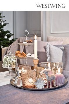 Decorating With Christmas Lights, Xmas Decorations, Candle Lanterns, Candles, Glass Fit, Tray Decor, Country Christmas, Home Decor Bedroom, Country Decor