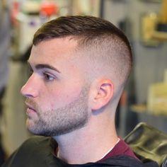 High fade Medium Hair Cuts, Short Hair Cuts, Medium Hair Styles, Short Hair Styles, Great Haircuts, Haircuts For Men, Tapered Haircut, Undercut Hairstyles, Hair And Beard Styles