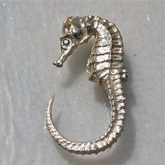 Seahorse Ring Limited Edition .925 Sterling Silver Seahorse set with green diamonds eyes design by zulasurfing