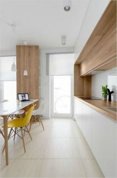 7 Gorgeous Examples of Scandinavian Interior Design Wooden-Scandinavian-dining-room #homedesign #scandinavian