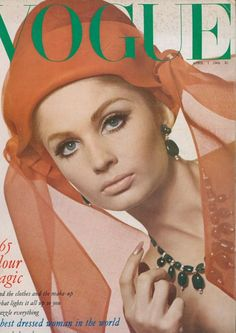 Sue Murray on the April 1965 cover of Vogue (UK)