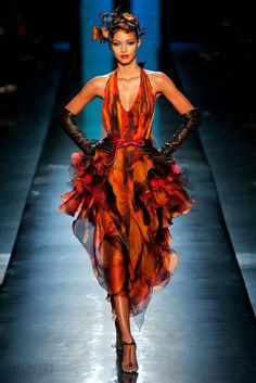 2015 haute couture in orange   Jean Paul Gaultier Haute Couture - Primavera/Verão 2014