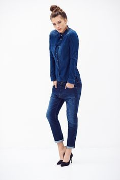 Nicole is a dark washed denim shirt with long sleeves. Dark blue wash on a soft open shirt fabric with a comfortable natural stretch, light fading showing the vintage structure of the fabric.
