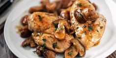 Balsamic Chicken with Mushrooms - Recipes for Healthy Living by the American Diabetes Association® Crock Pot Recipes, Slow Cooker Recipes, Chicken Recipes, Cooking Recipes, Healthy Recipes, Healthy Foods, Soup Recipes, Healthy Life, Slow Cooker Huhn