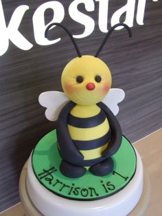 Cake: Cute Bee Design by CakeStar. www.cakestar.com.au  Jade Lipton xx
