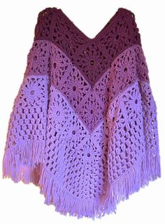 [Free Pattern] So Easy, So Clever! This Daisy Granny Square Crocheted Poncho Is Fabulous!