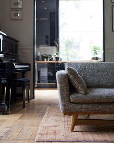 mes caprices belges: decoración , interiorismo y restauración de muebles: PIECES IN A HOME