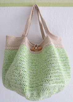 Spring/Summer/Fall/Winter Tote: free #crochet pattern