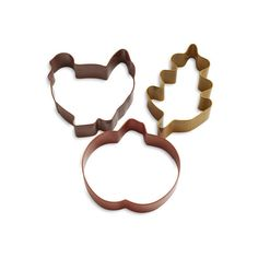 Thanksgiving Cookie Cutters ($6.96) ❤ liked on Polyvore featuring home, kitchen & dining, kitchen gadgets & tools, cookie bowl, pumpkin bowl, leaf cookie cutter, cookie rack ve butter bowl