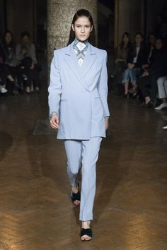 Emilia Wickstead Fall 2017 Ready-to-Wear Collection Photos - Vogue