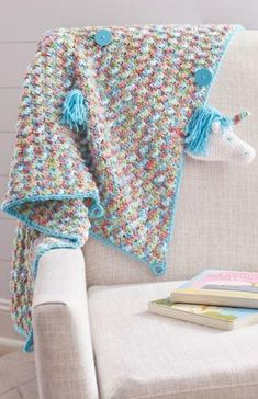 Cute and cuddly, this Unicorn Crochet Baby Blanket is a great gift idea for anyone who loves unicorns! This easy crochet baby blanket is just adorable. Easy Knitting Patterns, Crochet Blanket Patterns, Baby Blanket Crochet, Crochet Blankets, Crochet Afghans, Crochet Lovey, Baby Boy Blankets, Baby Afghans, Crochet Baby Cocoon