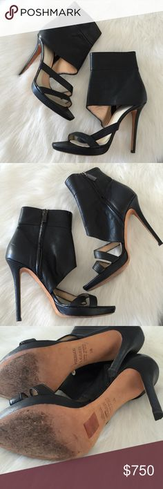 """Herve Leger caged heels Super sexy caged leather Herve heels.  .5"""" platform, 4"""" heel.  Side zip.  Sz 38.  Made in Italy.  No box or dustbag.  Posh will authenticate $500+ Herve Leger Shoes Heels"""