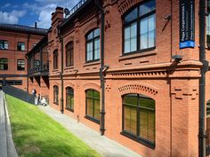 ряды солдатенкова - Поиск в Google Building Structure, Brick Building, Brick Architecture, Old Bricks, College Station, Brickwork, Townhouse, Buildings, Mansions
