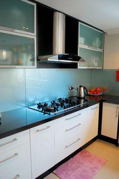 Modern White Kitchen Cabinets #23 (Kitchen-Design-Ideas.org)   My ...