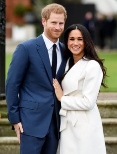 All the Details on Meghan Markle's Engagement Ring — with Stones from Princess Diana!