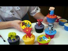Spiderman, Superman, Batman, Incredible Hulk - Superhero Cupcakes - Cake Craft World Video 8 Hulk Superhero, Spiderman, Superhero Characters, Batman, Cupcakes For Boys, Fun Cupcakes, Marvel Cupcakes, Amazing Cupcakes, Cupcake Toppers
