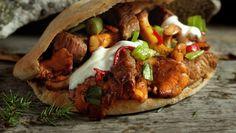 Skau kebab Kebab, Baked Potato, Tacos, Easy Meals, Mexican, Beef, Fresh, Dinner, Cooking