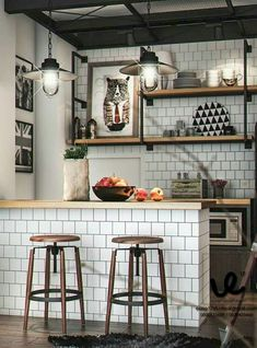 32 Stunning Small Kitchen Design Ideas Having a huge kitchen complete with the latest state-of-the-art kitchen equipment and appliances is everyone's dream. A large kitchen provides … Industrial Kitchen Design, Interior Design Kitchen, Home Design, Industrial Kitchens, Modern Industrial, Modern Interior, Huge Kitchen, Diy Kitchen, Kitchen Decor