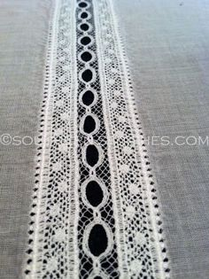 SewNso's Sewing Journal: A little lace insertion tute!