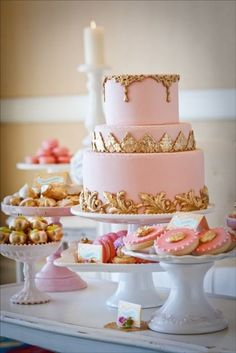 Marie Antoinette table, Rose gold desserts, Pink and Gold table
