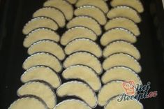 Přidal Biscuits, Muffin, Cookies, Breakfast, Food, Whipped Cream, Chocolate, Top Recipes, Bakken