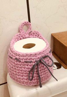 The most beautiful Crochet basket and straw models Crochet Home, Easy Crochet, Crochet Baby, Crochet Shirt, Crochet Poncho, Crochet Doilies, Crochet Stitches, Crochet Designs, Crochet Patterns