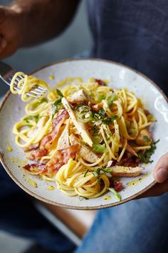 creamy carbonara from Body Coach Joe Wicks will have you reaching for another helping. Why not try it out for dinner tonight?This creamy carbonara from Body Coach Joe Wicks will have you reaching for another helping. Why not try it out for dinner tonight? Bodycoach Recipes, Joe Wicks Recipes, Lunch Recipes, Pasta Recipes, Chicken Recipes, Cooking Recipes, Shrimp Recipes, Recipes Dinner, Lean Recipes