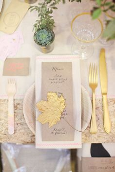 golden wedding table design ~ golden spraypainted leaf with golden cutlery and mini succulent planter