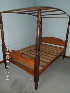 Antique Cape Yellow wood and Stink wood four poster bed 19th century | Durbanville | Gumtree Classifieds South Africa | 223522001