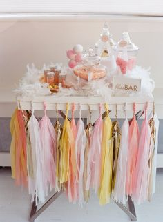 peach, blush,yellow, gold and white candy bar idea for a bridal-shower girly party Fiesta Baby Shower, Baby Shower Parties, Shower Party, Streamer Decorations, Wedding Decorations, Paper Streamers, Shower Inspiration, Wedding Inspiration, Pretty In Pink