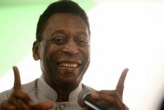 Pelé usa Twitter para consolar torcida do Brasil após derrota