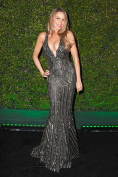 Yowza! Sofia Vergara stole the show in her cleavage-baring dress after the Golden Globes
