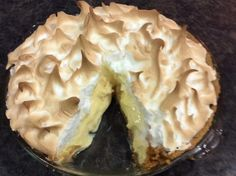 Recipe Lemon Meringue Pie to die for! by Hotlips, learn to make this recipe easily in your kitchen machine and discover other Thermomix recipes in Desserts & sweets. Lemon Desserts, Lemon Recipes, Sweets Recipes, Cake Recipes, Cooking Recipes, Thermomix Desserts, Lemon Meringue Pie, Sweets Cake, Dessert Buffet