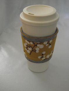 Felt+Coffee+Cozy/+Sleeve+by+Papuus+on+Etsy,+$8.50