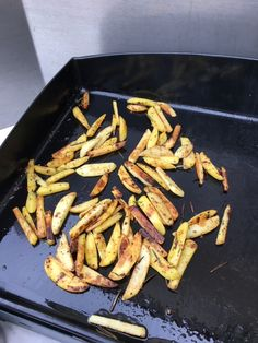 Pommes de terres sautées à la plancha Green Beans, Bbq, Food And Drink, Vegetables, Cooking, Plein Air, Charcoal, Potato, Flat Irons